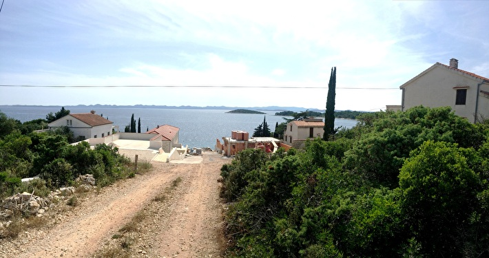 Building land 925 m2 with a beautiful view in a 2nd row to the sea - Ždrelac, island Pašman